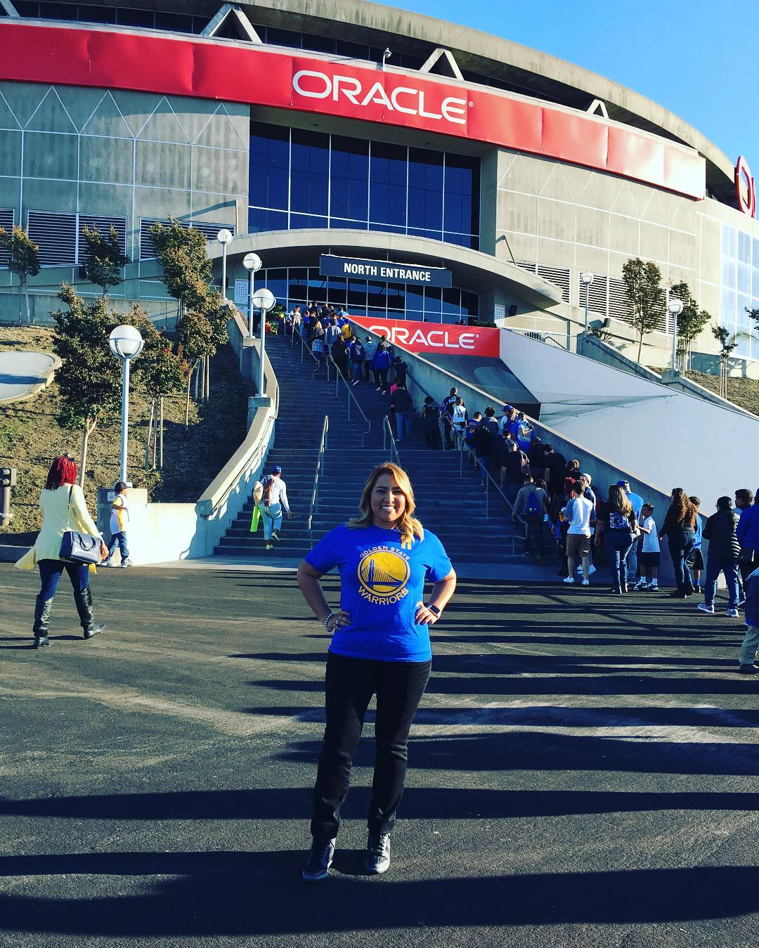 "<div class=""meta image-caption""><div class=""origin-logo origin-image none""><span>none</span></div><span class=""caption-text"">Warriors fans are showing their Golden State pride by sending their photos to ABC7 with #DubsOn7. Go Warriors! (@pinkpanthergolf/Instagram)</span></div>"