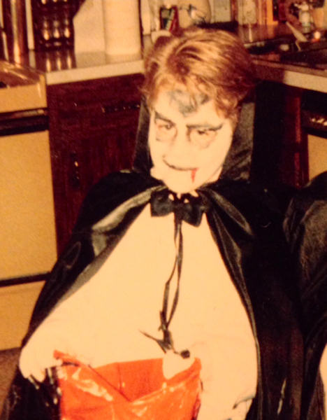 "<div class=""meta image-caption""><div class=""origin-logo origin-image wabc""><span>WABC</span></div><span class=""caption-text"">Here's meteorologist Jeff Smith going through a Halloween ""vampire phase"".</span></div>"