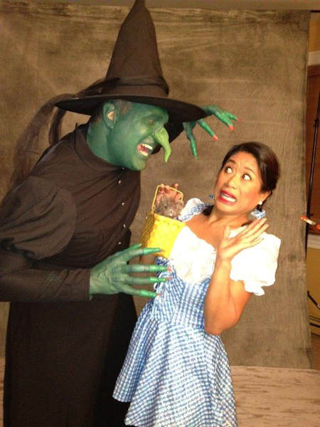 "<div class=""meta image-caption""><div class=""origin-logo origin-image wabc""><span>WABC</span></div><span class=""caption-text"">Here's 7 On Your Side's Nina Pineda being frightened in the Land of Oz.</span></div>"