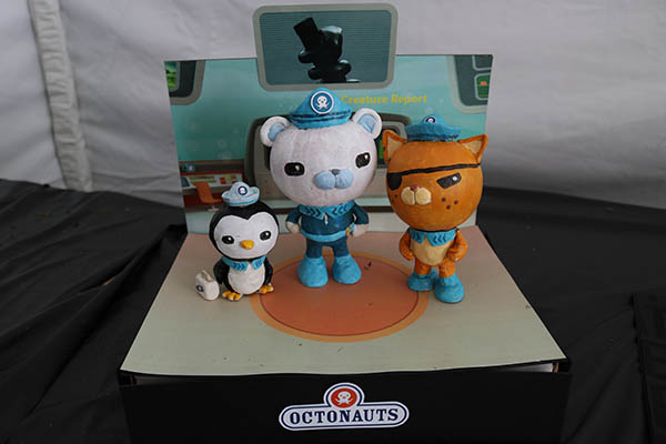 "<div class=""meta image-caption""><div class=""origin-logo origin-image ktrk""><span>KTRK</span></div><span class=""caption-text"">This is ""Octonauts-kin"" by Cong Iu as part of Adcetera's 19th annual pumpkin carving contest.</span></div>"