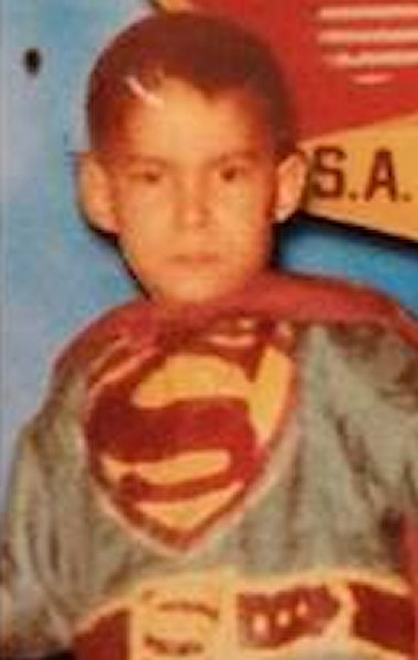 "<div class=""meta image-caption""><div class=""origin-logo origin-image wabc""><span>WABC</span></div><span class=""caption-text"">Here's anchor David Novarro dressed as ""Superman"" as a child on Halloween.</span></div>"