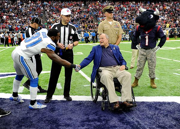 "<div class=""meta image-caption""><div class=""origin-logo origin-image ap""><span>AP</span></div><span class=""caption-text"">Former President George H.W. Bush takes part in Salute to Service day at NRG Stadium during before an NFL football game between the Houston Texans and the Detroit Lions. (AP Photo/Eric Christian Smith)</span></div>"