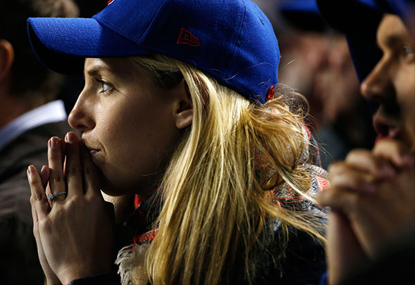 "<div class=""meta image-caption""><div class=""origin-logo origin-image none""><span>none</span></div><span class=""caption-text"">Chicago Cubs fans watch during the seventh inning of Game 5. (AP Photo/Nam Y. Huh)</span></div>"