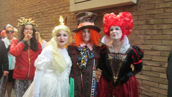"<div class=""meta image-caption""><div class=""origin-logo origin-image none""><span>none</span></div><span class=""caption-text"">A group dressed as ''Alice in Wonderland'' characters line up outside the ''Live with Kelly'' studio.</span></div>"