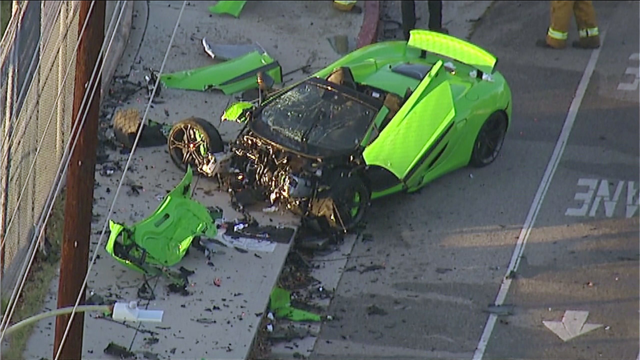 Mclaren Sports Car Smashed Up In Hit Run Crash Woodland Hills Abc7chicago
