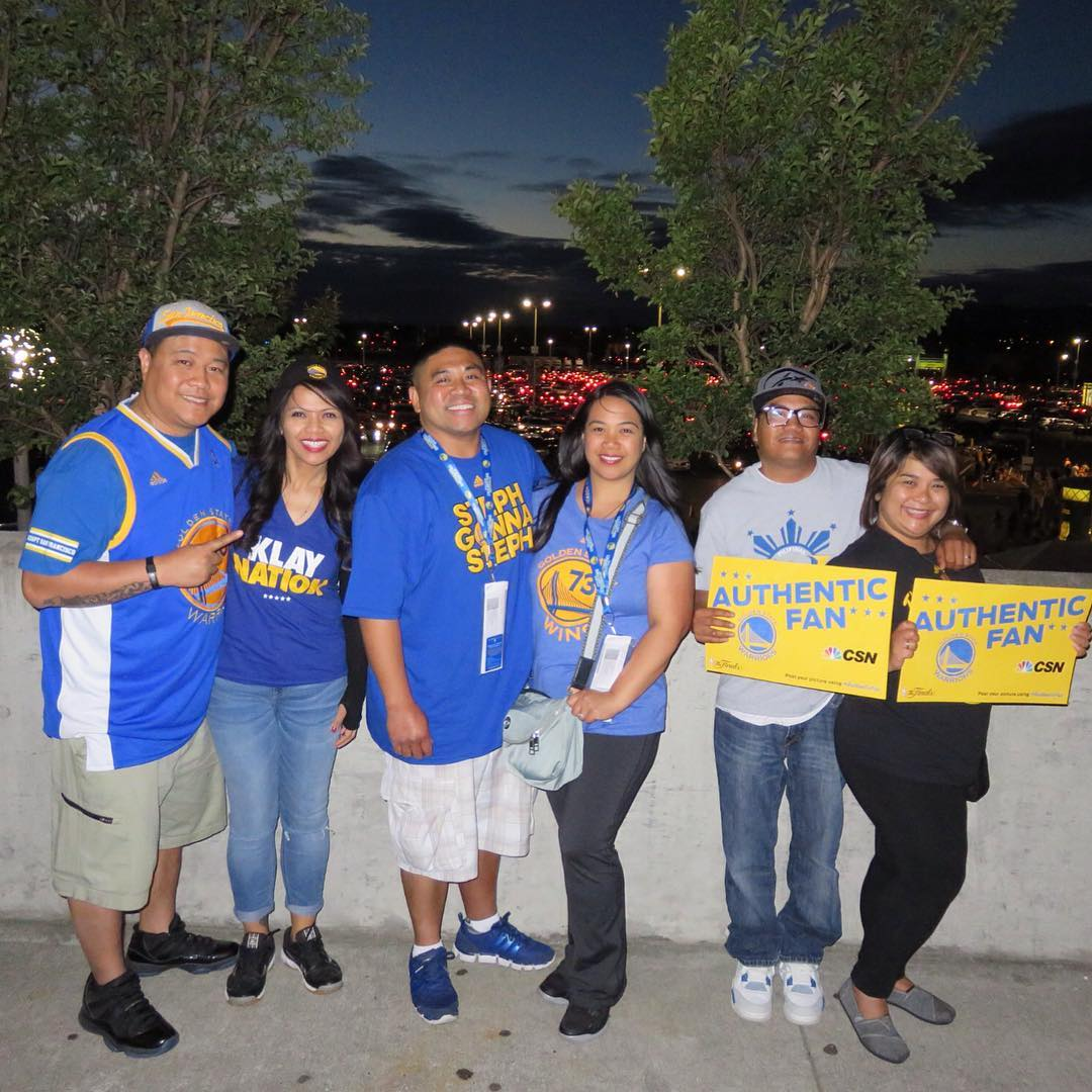 "<div class=""meta image-caption""><div class=""origin-logo origin-image none""><span>none</span></div><span class=""caption-text"">Warriors fans are showing their Golden State pride by sending their photos to ABC7 with #DubsOn7. Go Warriors! (@lehua_nanibq/Instagram)</span></div>"