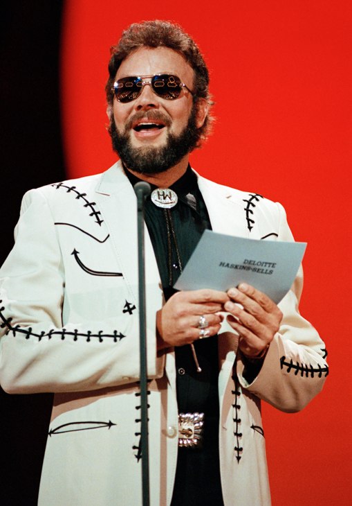 "<div class=""meta image-caption""><div class=""origin-logo origin-image none""><span>none</span></div><span class=""caption-text"">Country singer Hank Williams, Jr. pictured Oct. 9, 1989 at the 1989 Country Music Association Awards in Nashville, Tennesse. (Mark Humphrey/AP Photo)</span></div>"