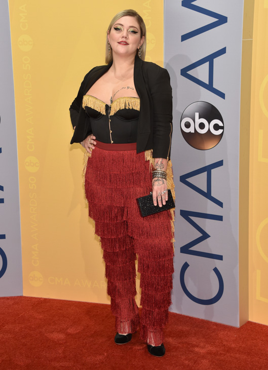 "<div class=""meta image-caption""><div class=""origin-logo origin-image none""><span>none</span></div><span class=""caption-text"">Elle King arrives at the 50th annual CMA Awards at the Bridgestone Arena on Wednesday, Nov. 2, 2016, in Nashville, Tenn. (Evan Agostini/Invision/AP)</span></div>"