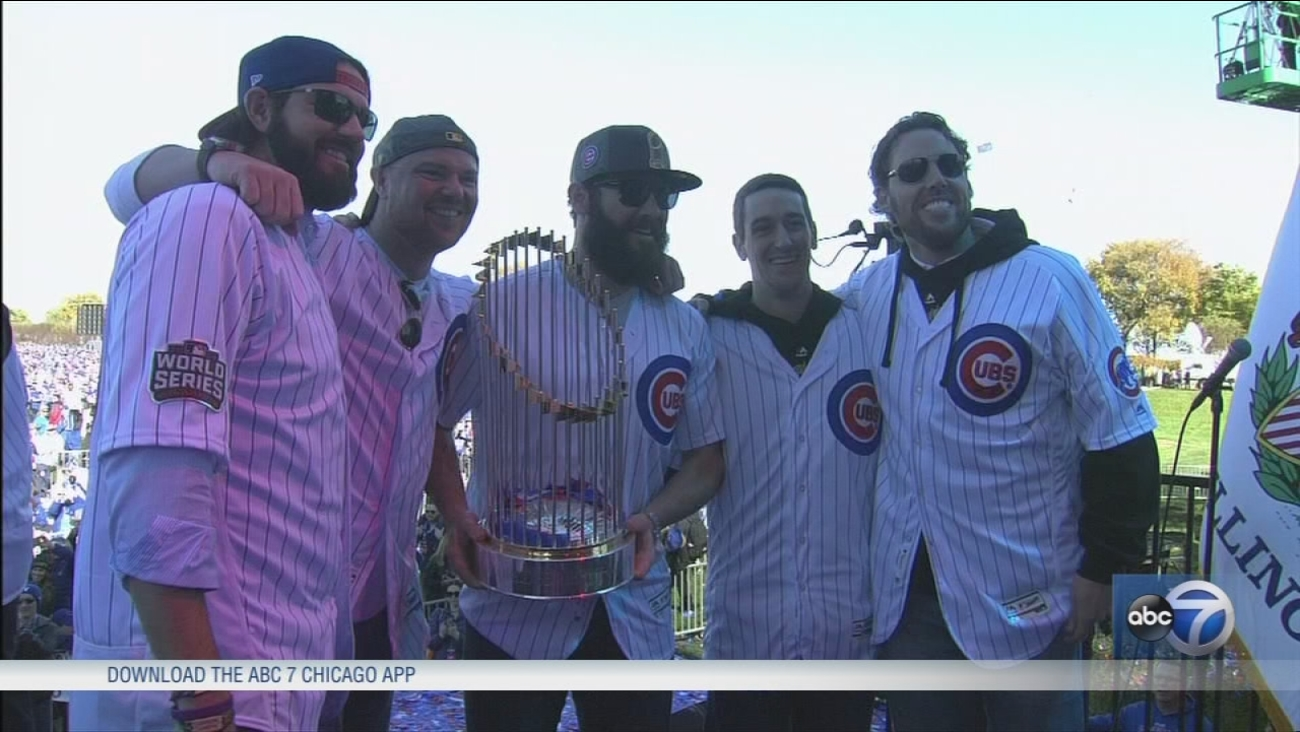 Millions turn out for Cubs celebration