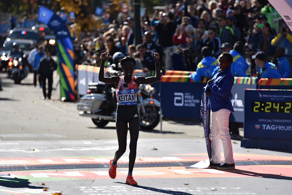 "<div class=""meta image-caption""><div class=""origin-logo origin-image none""><span>none</span></div><span class=""caption-text"">Mary Keitany won her third straight women's title to become the first woman to win three consecutive marathons in New York since Grete Waltz's five-year run from 1982 to 1986. (Mike Waterhouse)</span></div>"