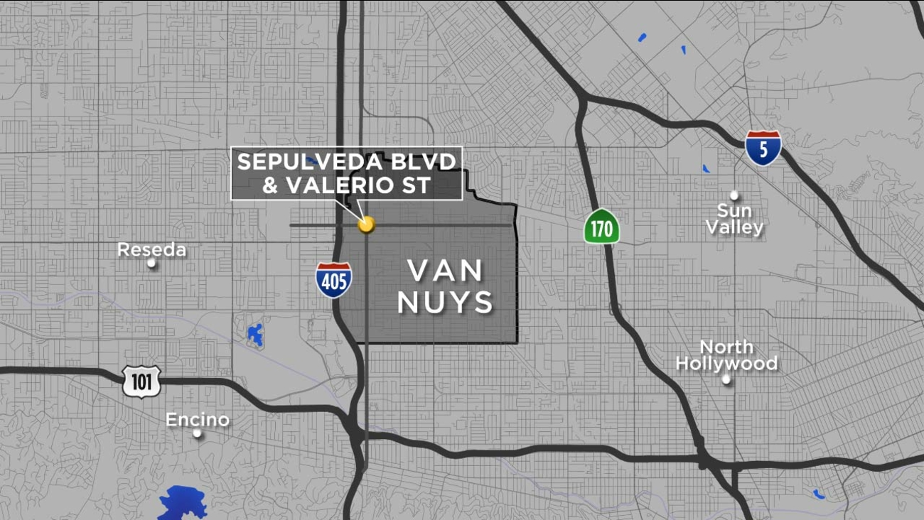 A map shows the location where a man was killed in a carjacking attack in Van Nuys on Sunday, Nov. 6, 2016.