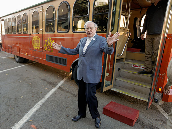 "<div class=""meta image-caption""><div class=""origin-logo origin-image none""><span>none</span></div><span class=""caption-text"">Billionaire investor Warren Buffett arrives in a trolley he rented to take voters to their polling station, on election day in Omaha, Neb., Tuesday, Nov. 8, 2016. (Nati Harnik/AP Photo)</span></div>"