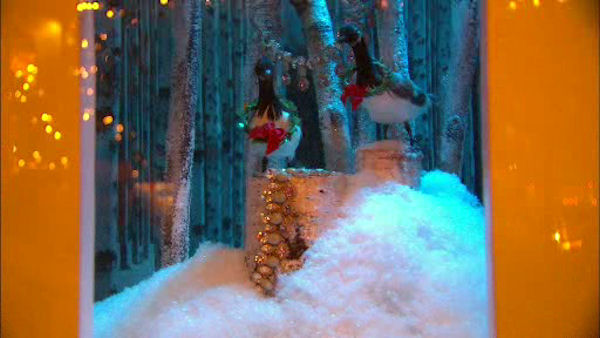 <div class='meta'><div class='origin-logo' data-origin='WABC'></div><span class='caption-text' data-credit=''>Lord & Taylor's holiday windows at the corner of 5th Avenue and 39th Street.</span></div>