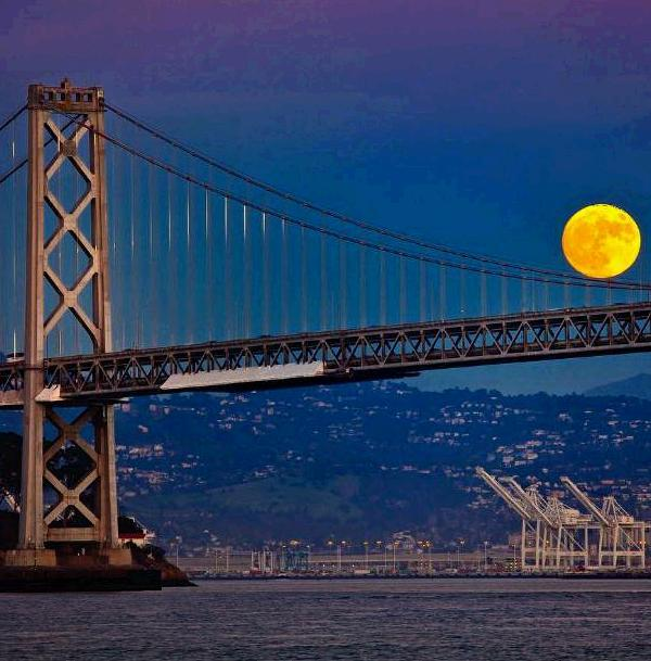 "<div class=""meta image-caption""><div class=""origin-logo origin-image none""><span>none</span></div><span class=""caption-text"">A gorgeous 'super moon' was seen over the Bay Area, Sunday, November 14, 2016. (Instagram/mshaw_photography)</span></div>"