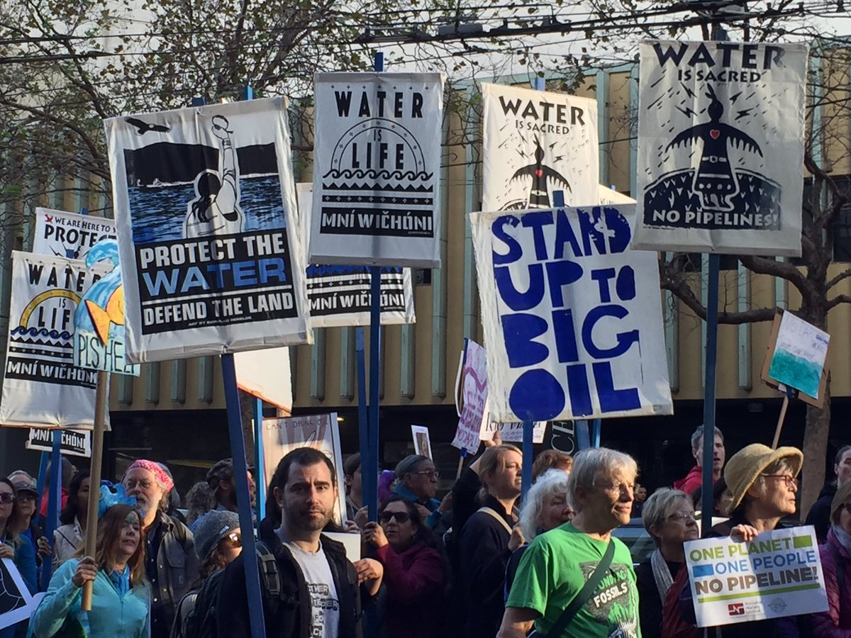 """<div class=""""meta image-caption""""><div class=""""origin-logo origin-image none""""><span>none</span></div><span class=""""caption-text"""">Protesters gathered in San Francisco on Nov. 15, 2016 in opposition of the Dakota Access Pipeline. (Jessica Castro / Twitter)</span></div>"""