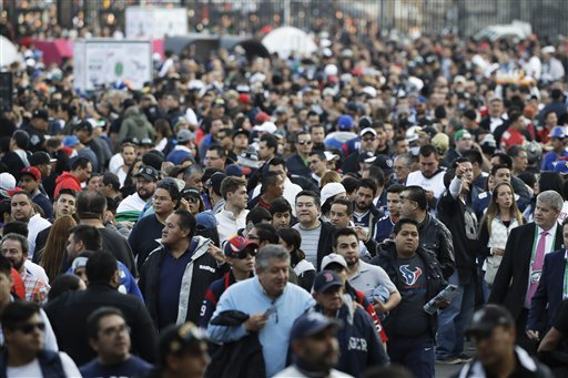 "<div class=""meta image-caption""><div class=""origin-logo origin-image ap""><span>AP</span></div><span class=""caption-text"">Fans wait to enter Azteca Stadium before an NFL football game between the Houston Texans and the Oakland Raiders Monday, Nov. 21, 2016, in Mexico City. (AP Photo/Eduardo Verdugo)</span></div>"