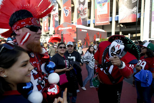 """<div class=""""meta image-caption""""><div class=""""origin-logo origin-image ap""""><span>AP</span></div><span class=""""caption-text"""">Fans for the Houston Texans and the Oakland Raiders arrive at Azteca Stadium before an NFL football game Monday, Nov. 21, 2016, in Mexico City. (AP Photo/Dario Lopez-Mills)</span></div>"""