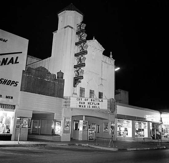 """<div class=""""meta image-caption""""><div class=""""origin-logo origin-image none""""><span>none</span></div><span class=""""caption-text"""">This is the movie theater where the suspected assassin Lee Harvey Oswald was arrested on Nov. 22, 1963, shortly after U.S. President John F. Kennedy was killed (AP Photo/XCB)</span></div>"""