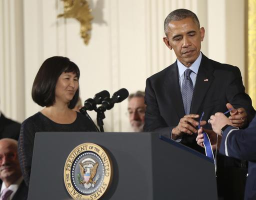 "<div class=""meta image-caption""><div class=""origin-logo origin-image ap""><span>AP</span></div><span class=""caption-text"">President Barack Obama presents the Presidential Medal of Freedom to Vietnam Veterans Memorial Architect Maya Lin, Nov. 22, 2016, in Washington. (AP Photo/Manuel Balce Ceneta) (AP)</span></div>"
