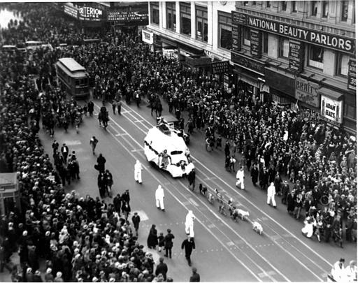 "<div class=""meta image-caption""><div class=""origin-logo origin-image ap""><span>AP</span></div><span class=""caption-text"">This is a photo of the Macy's Thanksgiving Day Parade on Broadway in New York City on Nov. 30, 1933.</span></div>"