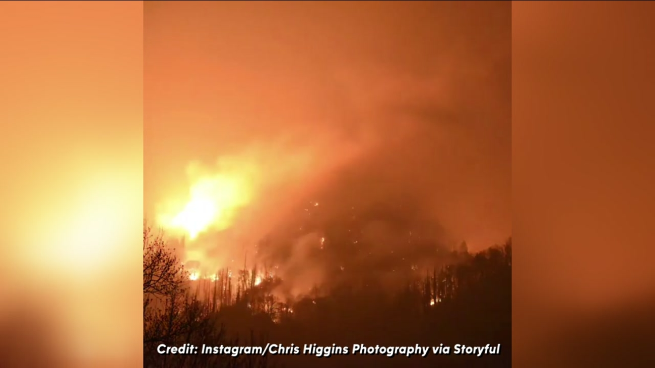 Time lapse video of wildfire in Gatlinburg, Tennessee