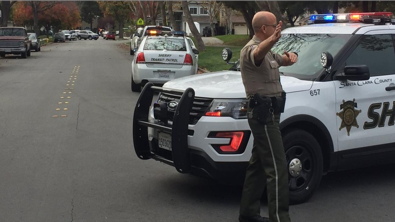 Santa Clara County sheriff's conduct search in San Jose, California, Wednesday, November 30, 2016.
