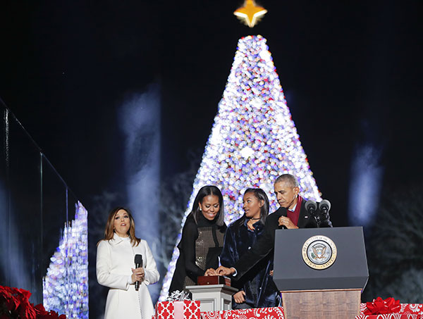<div class='meta'><div class='origin-logo' data-origin='none'></div><span class='caption-text' data-credit='Pablo Martinez Monsivais/AP Photo'>President Barack Obama, first lady Michelle Obama and their daughter Sasha lighting the 2016 National Christmas Tree on Dec. 1, 2016.</span></div>