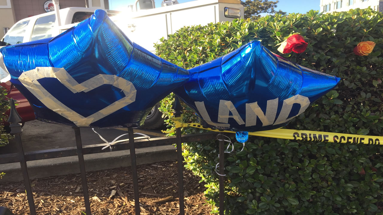 "<div class=""meta image-caption""><div class=""origin-logo origin-image none""><span>none</span></div><span class=""caption-text"">Balloons appear at a Ghost Ship memorial in Oakland, Calif. on Dec. 6, 2016. (Tess Stevens)</span></div>"