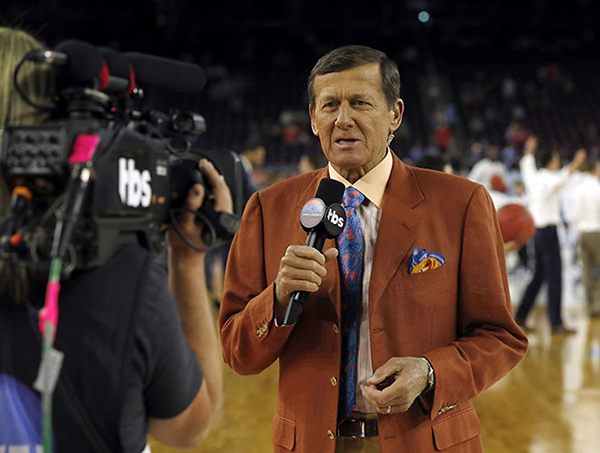 <div class='meta'><div class='origin-logo' data-origin='AP'></div><span class='caption-text' data-credit='AP'>FILE - In this April 4, 2016, file photo, Craig Sager speaks before the NCAA Final Four tournament college basketball championship game between Villanova and North Carolina.</span></div>