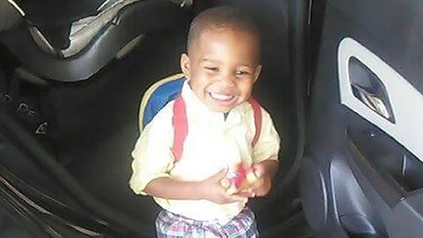 Little Rock Police are offering a reward of $20,000 for information leading to the arrest  of the driver who they say killed a three-year-old boy in a road rage-related incident.
