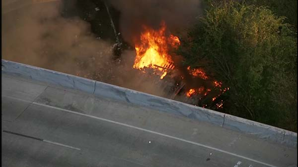 <div class='meta'><div class='origin-logo' data-origin='KTRK'></div><span class='caption-text' data-credit=''>SkyEye images from a fatal crash on the Eastex Freeway northbound at the North Loop</span></div>
