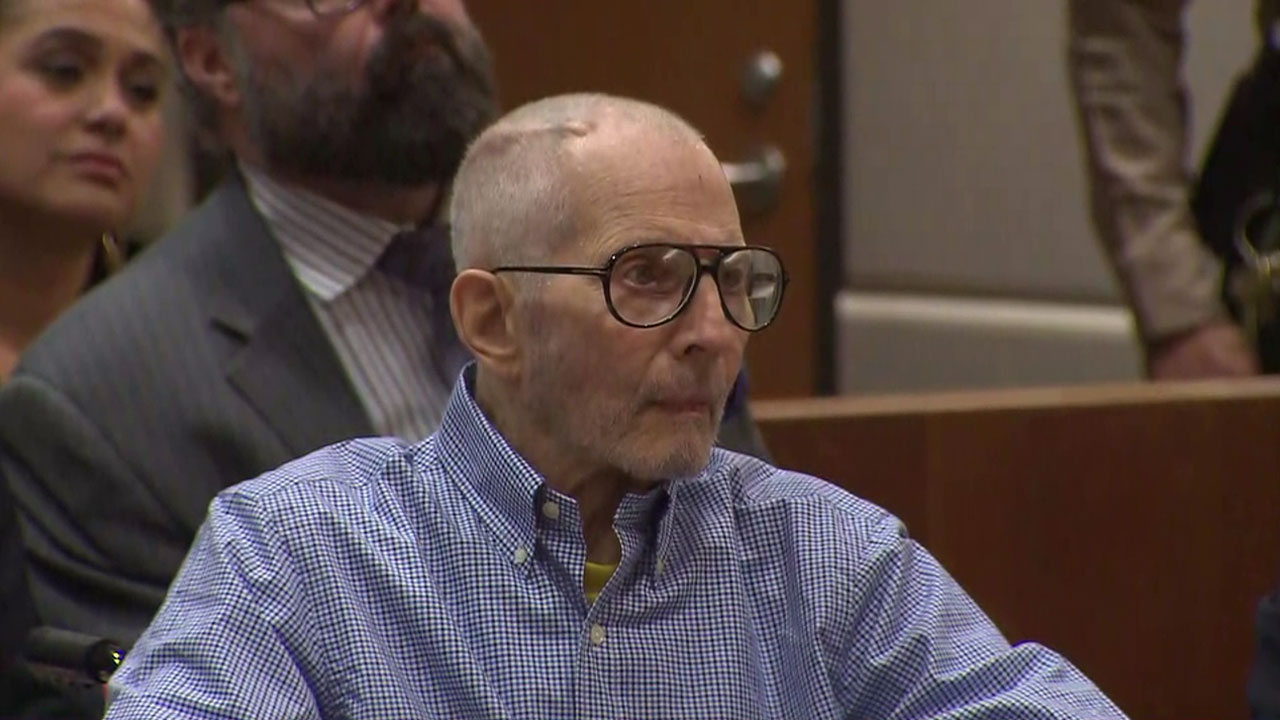 Robert Durst is shown during a second hearing for his murder trial in a Los Angeles courtroom on Wednesday, Dec. 21, 2016.
