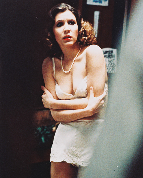 "<div class=""meta image-caption""><div class=""origin-logo origin-image none""><span>none</span></div><span class=""caption-text"">Carrie Fisher In Shampoo (1975). (Silver Screen Collection/Getty Images)</span></div>"