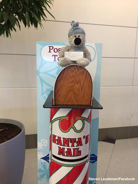"<div class=""meta image-caption""><div class=""origin-logo origin-image none""><span>none</span></div><span class=""caption-text"">For Detroit airport employee Steven Laudeman, the mission this week was simple: No teddy bear left behind. (Steven Laudeman / Facebook)</span></div>"