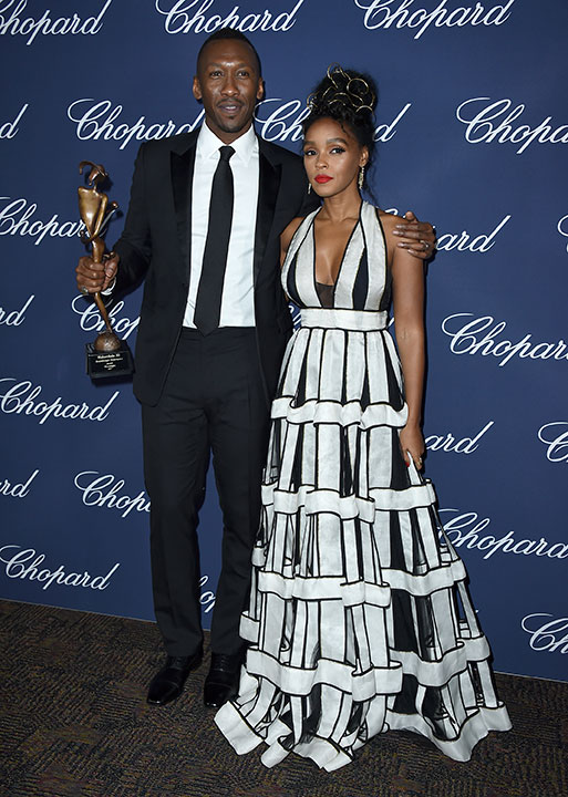 "<div class=""meta image-caption""><div class=""origin-logo origin-image none""><span>none</span></div><span class=""caption-text"">Mahershala Ali, left, winner of the award for breakthrough performance for ''Moonlight,'' poses backstage with presenter Janelle Monae. (Jordan Strauss/Invision/AP)</span></div>"
