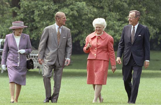 <div class='meta'><div class='origin-logo' data-origin='none'></div><span class='caption-text' data-credit='AP'>President  George H.W. Bush and Mrs. Barbara Bush accompany Queen Elizabeth II and her husband Prince Philip across the South Lawn of the White House.</span></div>