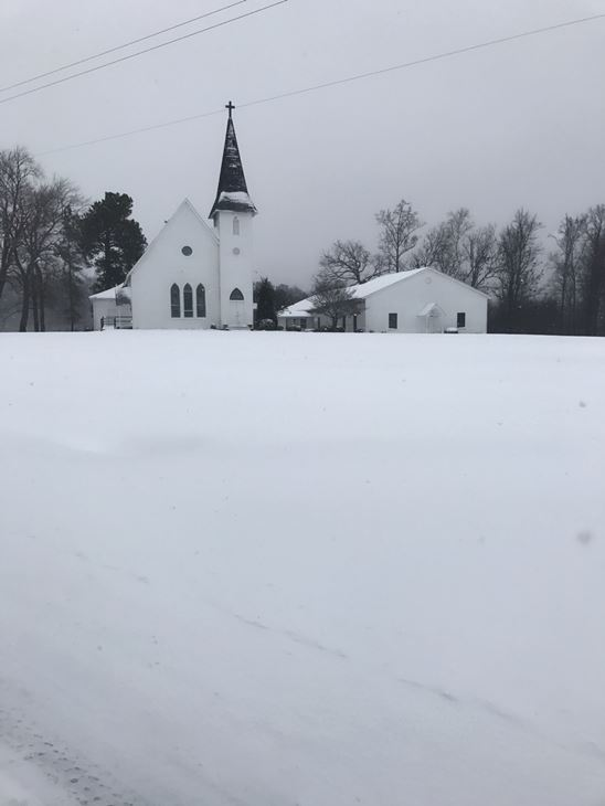 """<div class=""""meta image-caption""""><div class=""""origin-logo origin-image none""""><span>none</span></div><span class=""""caption-text"""">Pictures from viewers of the snow day</span></div>"""