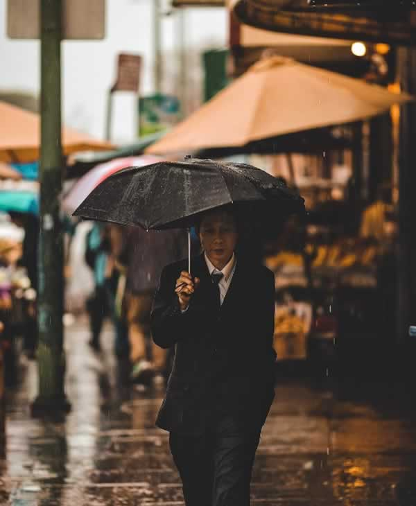 <div class='meta'><div class='origin-logo' data-origin='none'></div><span class='caption-text' data-credit='Photo submitted to KGO-TV by ruffdraft_/Instagram'>A man walks down the street with an umbrella in Oakland, Calif. on Sunday, January 8, 2017. Share your rain photos using #abc7now.</span></div>