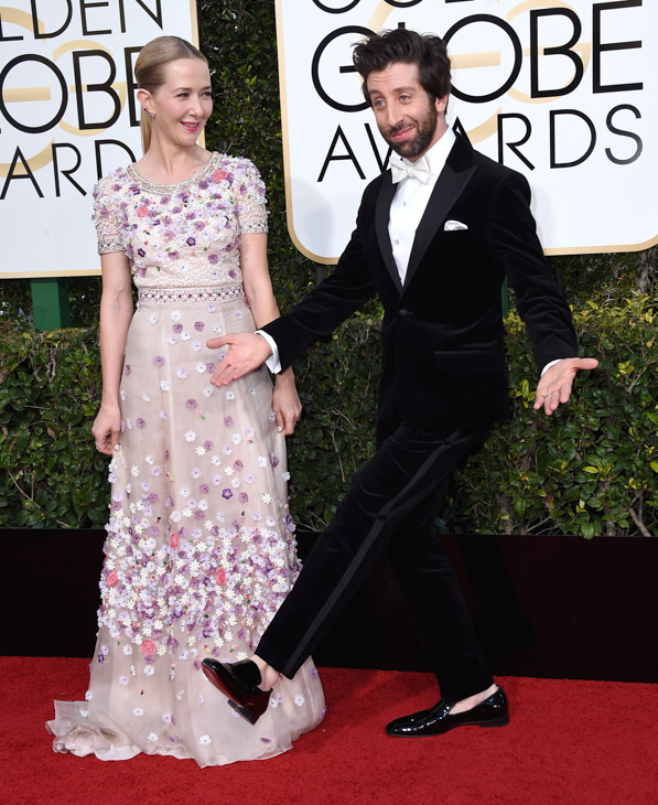 "<div class=""meta image-caption""><div class=""origin-logo origin-image none""><span>none</span></div><span class=""caption-text"">Jocelyn Towne, left, and Simon Helberg arrive at the 74th annual Golden Globe Awards at the Beverly Hilton Hotel on Sunday, Jan. 8, 2017, in Beverly Hills, Calif. (Jordan Strauss/Invision/AP)</span></div>"