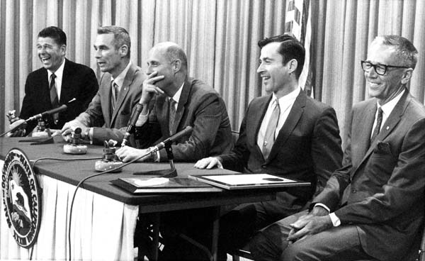 <div class='meta'><div class='origin-logo' data-origin='AP'></div><span class='caption-text' data-credit='AP'>Governor Ronald Reagan and Charles Schulz, creator of the comic strip Peanuts, with Apollo 10 astronauts. (AP Photo/Walter J. Zeboski)</span></div>