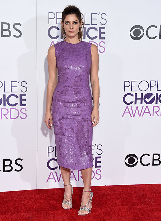 """<div class=""""meta image-caption""""><div class=""""origin-logo origin-image none""""><span>none</span></div><span class=""""caption-text"""">Ashley Greene arrives at the People's Choice Awards at the Microsoft Theater on Wednesday, Jan. 18, 2017, in Los Angeles. (Jordan Strauss/Invision/AP)</span></div>"""
