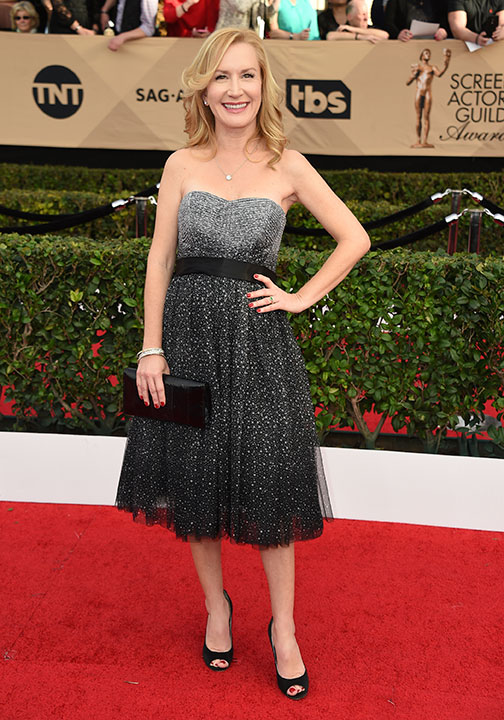 "<div class=""meta image-caption""><div class=""origin-logo origin-image none""><span>none</span></div><span class=""caption-text"">Angela Kinsey arrives at the 23rd annual Screen Actors Guild Awards at the Shrine Auditorium & Expo Hall on Sunday, Jan. 29, 2017, in Los Angeles. (Jordan Strauss/Invision/AP)</span></div>"