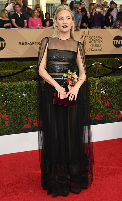 "<div class=""meta image-caption""><div class=""origin-logo origin-image none""><span>none</span></div><span class=""caption-text"">Kate Hudson arrives at the 23rd annual Screen Actors Guild Awards at the Shrine Auditorium & Expo Hall on Sunday, Jan. 29, 2017, in Los Angeles. (Jordan Strauss/Invision/AP)</span></div>"