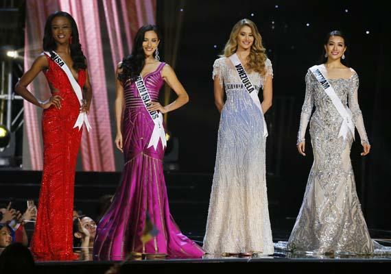 """<div class=""""meta image-caption""""><div class=""""origin-logo origin-image ap""""><span>AP</span></div><span class=""""caption-text"""">Miss Universe contestants. (AP Photo/Bullit Marquez) (AP)</span></div>"""