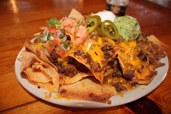 """<div class=""""meta image-caption""""><div class=""""origin-logo origin-image ktrk""""><span>KTRK</span></div><span class=""""caption-text"""">Whether you're craving a burger, nachos, wings, or onion rings -- there's something for everyone at Jax Grill.</span></div>"""