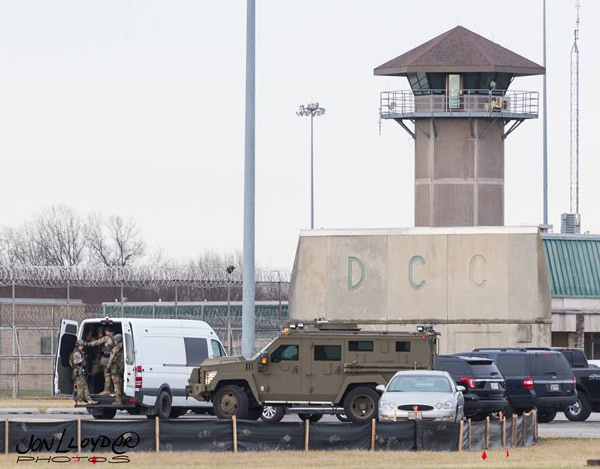 "<div class=""meta image-caption""><div class=""origin-logo origin-image wpvi""><span>WPVI</span></div><span class=""caption-text"">Photographer Jon Lloyd captured these images of the hostage situation at the Delaware state prison in Smyrna. (Jon Lloyd)</span></div>"
