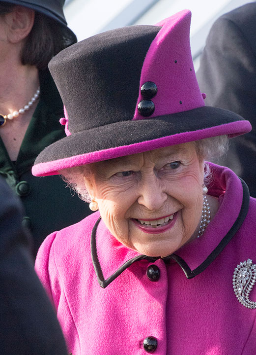 """<div class=""""meta image-caption""""><div class=""""origin-logo origin-image none""""><span>none</span></div><span class=""""caption-text"""">Queen Elizabeth II arrives at the Fiji Exhibition at the Sainsbury Centre for Visual Arts at the University of East Anglia, Norwich, eastern England, Friday Jan. 27, 2017. (Arthur Edwards/pool via AP)</span></div>"""