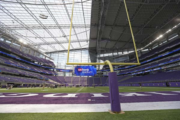 "<div class=""meta image-caption""><div class=""origin-logo origin-image ap""><span>AP</span></div><span class=""caption-text"">US Bank stadium  (AP Photo/Jim Mone) (AP)</span></div>"
