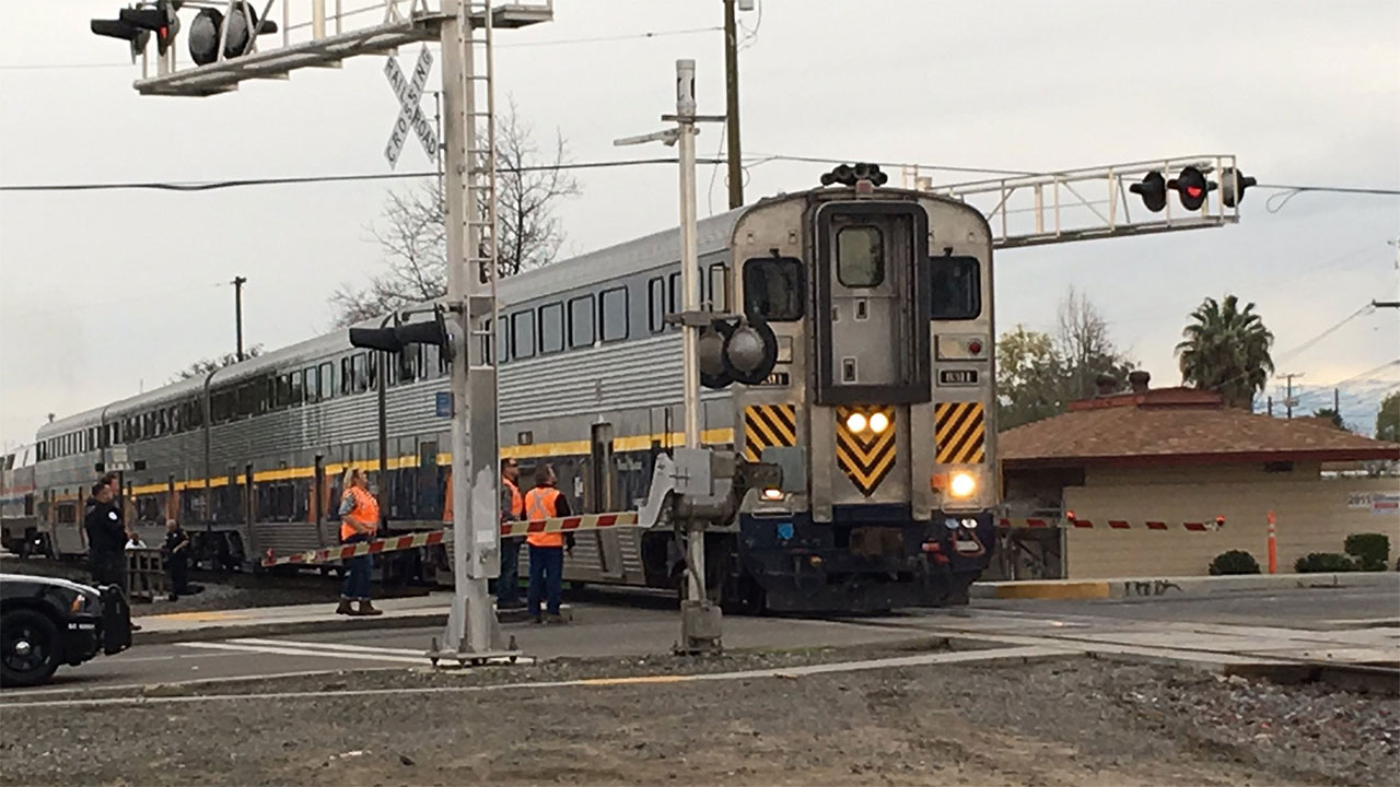 30 yr old woman critically injured when hit by train in central Fresno
