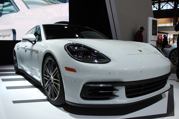 "<div class=""meta image-caption""><div class=""origin-logo origin-image wls""><span>WLS</span></div><span class=""caption-text"">The 2017 Porsche Panamera at the 2017 Chicago Auto Show on February 13, 2017.</span></div>"